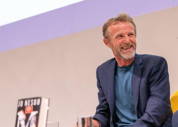 Jo Nesbøn kirjoja on käännetty jo yli 50 kielelle ja niitä on myyty yli 30 miljoonaa kappaletta.
