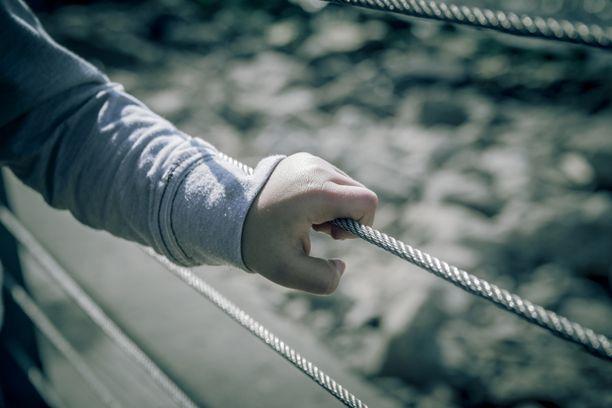 Lapsiköyhyysaste alkoi nousta vuonna 1995 ja oli vuonna 2007 liki 14 prosenttia. Kuvituskuva.