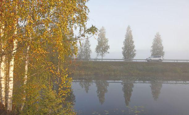 Etelä- ja Länsi-Suomessa on torstaina poutainen sää, kertoo Ilmatieteen laitos.