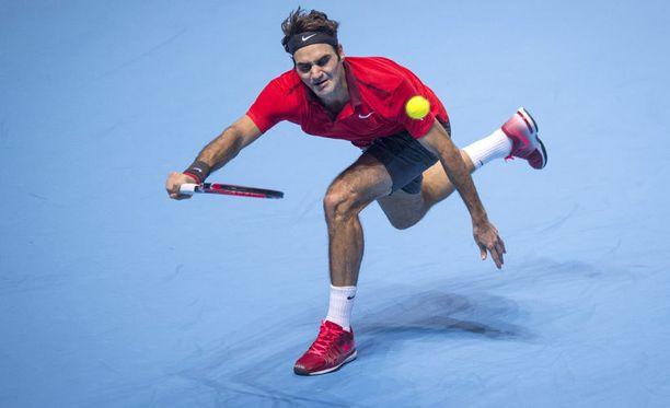 Roger Federer taisteli itselleen finaalipaikan.