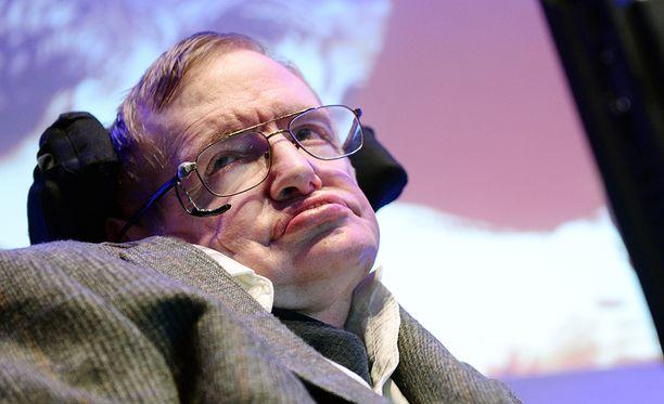Stephen Hawking kuoli 76-vuotiaana maaliskuussa. Hän oli yksi aikamme tunnetuimmista tiedemiehistä.