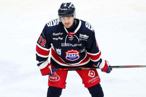 Tarmo Reunanen on esiintynyt tällä kaudella TuTo:n paidassa.