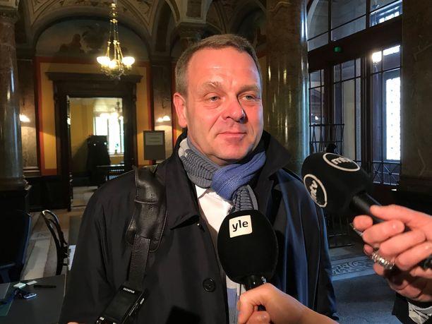 Helsingin pormestari Jan Vapaavuori pitää maakuntamallia askeleena taaksepäin.