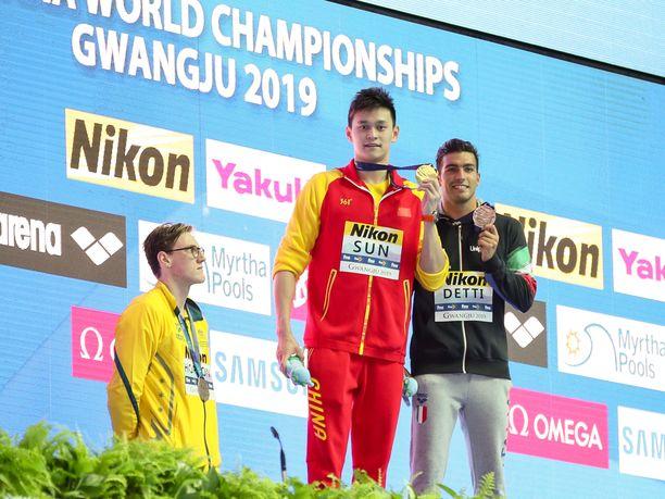 400 metrin vapaauinnissa MM-hopeaa voittanut Mack Horton teki palkintojenjaossa selväksi, mitä  hän ajattelee siitä, että samalla matkalla kultaa voittanut Sun Yang saa kilpailla tämän vuoden MM-kisoissa.