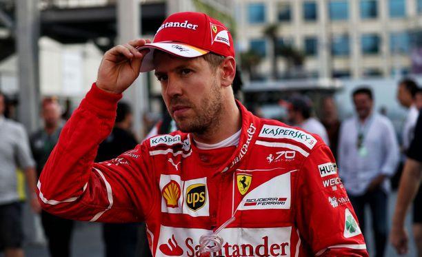 Sebastian Vettel sai armotonta sapiskaa.