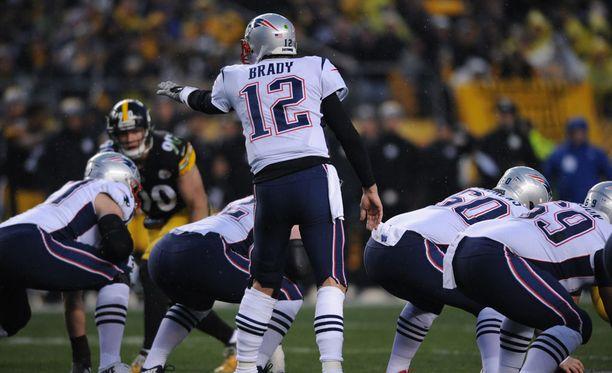 Tom Brady johdatti Patriotsin voittoon.