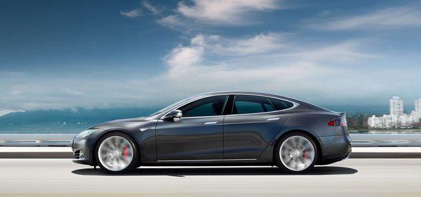 Uuden Model S P100D -mallin kiihtyvyydeksi luvataan 2,7 sekuntia 0-100 km/h matkalla.