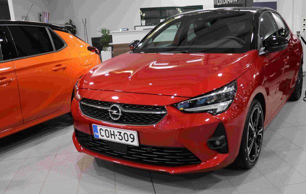 Täysin uusi Opel Corsa on rantautunut  Suomeen.