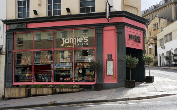 Jamie's Italian -ravintolaketju kuului myös monen suomalaisturistin vierailukohteisiin.