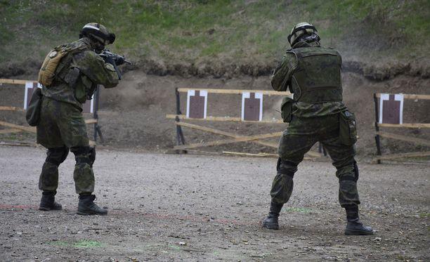 Vapaaehtoista maanpuolustustyötä kehitetään jatkossa. MPK on keskeisesti mukana selvitystyössä. Kuvassa MPK:n harjoitukset Santahaminassa toukokuussa 2016.