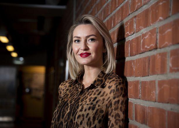 Johanna Ruonala on uusi Salatut elämät -sarjan näyttelijä.