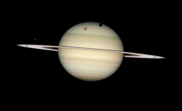Tiedotustilaisuus koskee todennäköisesti Saturnusta ja sitä kiertäviä kuita.