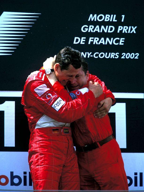 Michael Schumacher ja Jean Todt saavuttivat yhteisinä Ferrari-vuosinaan kuusi valmistajien maailmanmestaruutta ja viisi kuljettajien maailmanmestaruutta.