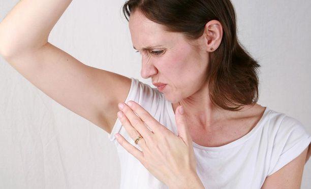 Hien haju syntyy, kun iholla elävät bakteerit hajottavat hien valkuaisaineita.