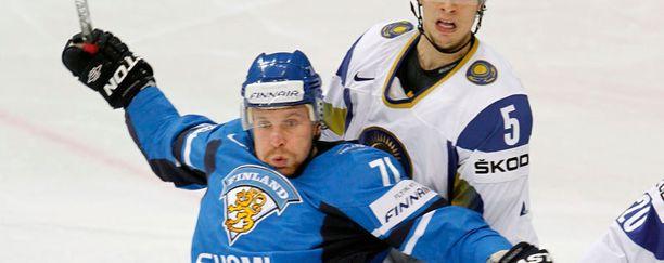 Leo Komarov on Suomen maajoukkueen ensimmäinen virolaissyntyinen kapteeni.