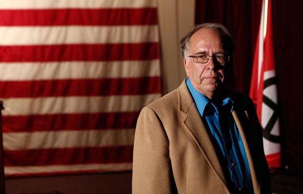 Thomas Robb on Andrew'n isoisä ja kuuluu KKK:n johtohahmoihin.