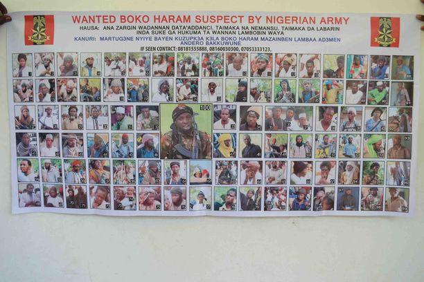 Nigerian etsintäkuuluttamia Boko Haramin terroristeja. Keskimmäisenä kuvassa järjestön johtaja Abubakar Shekau.