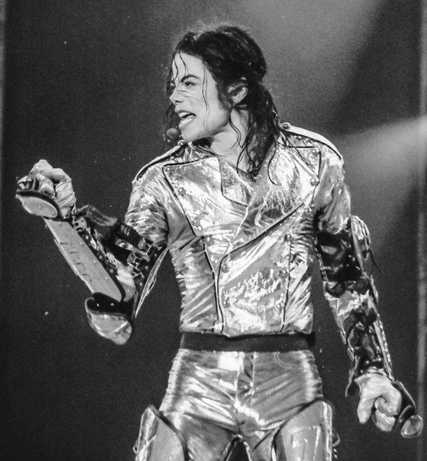 Popin kuninkaaksi kutsuttu Michael Jackson kuoli vuonna 2009.