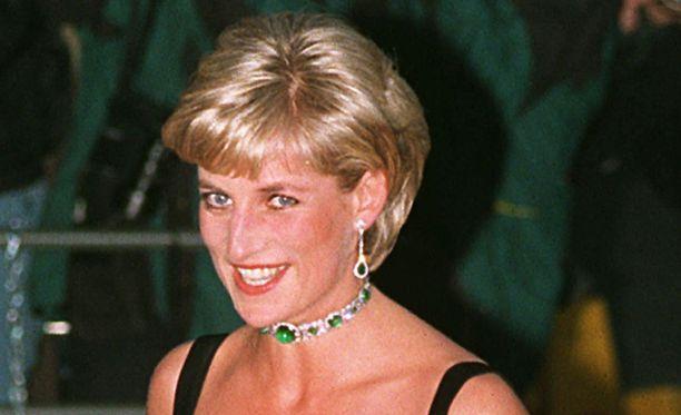 Diana oli kuollessaan 36-vuotias.