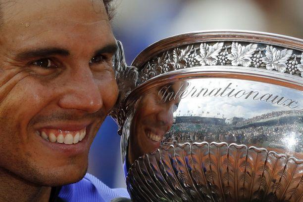 Rafael Nadal nousee tuoreella rankinglistalla kakkoseksi.