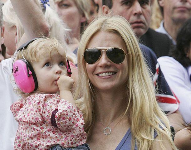 Näyttelijätär Gwyneth Paltrow synnytti toisen lapsensa viikonloppuna. Paltrown ja Chris Martinin perheeseen kuuluu myös Apple-tytär.