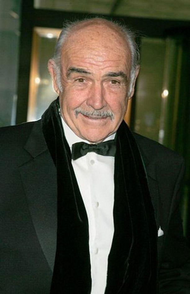 Sean Connery sai vihdoin terveen paperit.