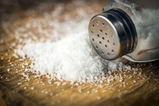 Suolaa kannattaa käyttää mausteena säästellen.