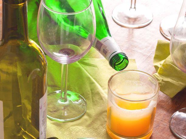 Nuorten alkoholinkäyttö on edelleen yleistä, mutta WHO:n mukaan laskenut merkittävästi vuodesta 2002.