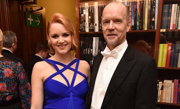 Anna-Maija ja Kari edustivat yhdessä Linnan juhlissa vuonna 2014. Anna-Maija tähdittää parasta aikaa Koukussa-sarjaa. Karin ohjaama Mestari-näytelmä sai 19. marraskuuta ensi-iltansa Helsingin kaupunginteatterissa.