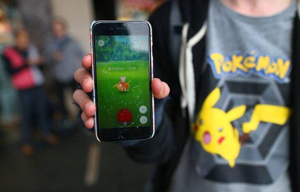 Pokémon Go -peli innostaa monia sellaisia liikkumaan ulkona, jotka eivät muuten sitä tekisi.