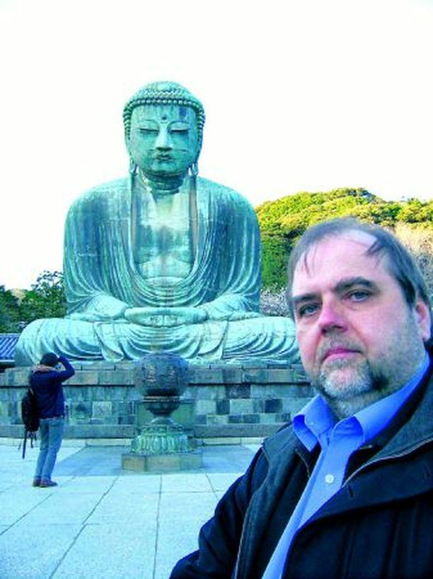 Koko perheen viihdyttäjä Markus Kajo matkasi Japaniin.