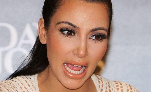 Kim Kardashian on raivoissaan.