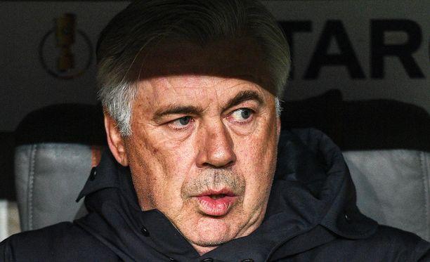 58-vuotias Carlo Ancelotti siirtyy Napolin päävalmentajaksi.