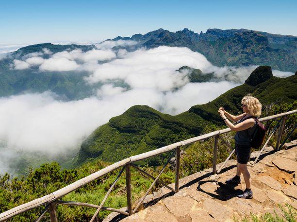 Bica da Cana -vuorella on hyvä kuvata maisemia.