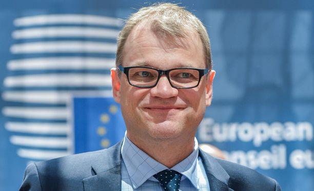 Pääministeri Juha Sipilä myönsi Iltalehdelle, että perjantain vastaisen yön tunteina olisi ollut tarvetta insinöörin prosessikaaviolle.