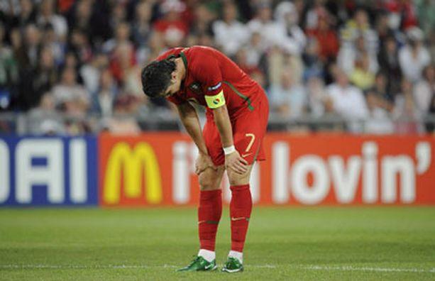 Ronaldon ja Portugalin EM-kisat päättyivät puolivälieriin.