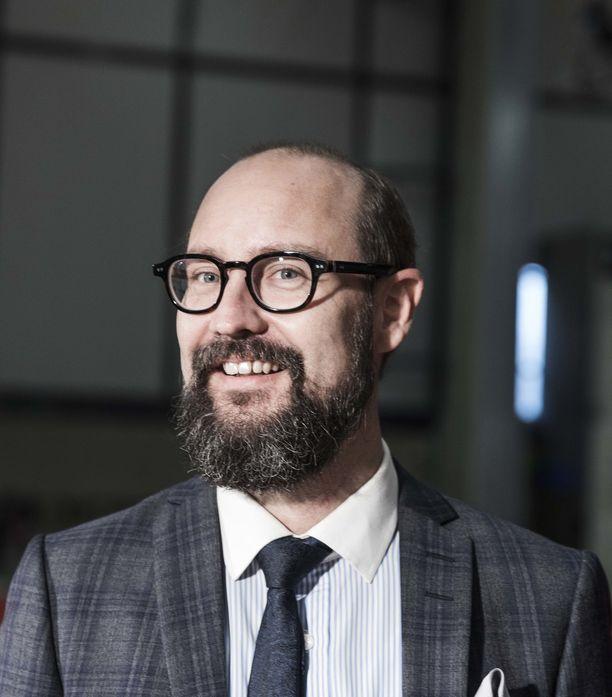 Autotuojat ja -teollisuus ry:n toimitusjohtajan Tero Kallio sanoo, että diesel on kokonaiskuvassa yhä vahvoilla.