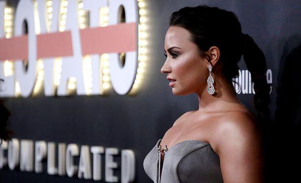 Demi Lovato on puhunut alkoholiongelmastaan avoimesti.