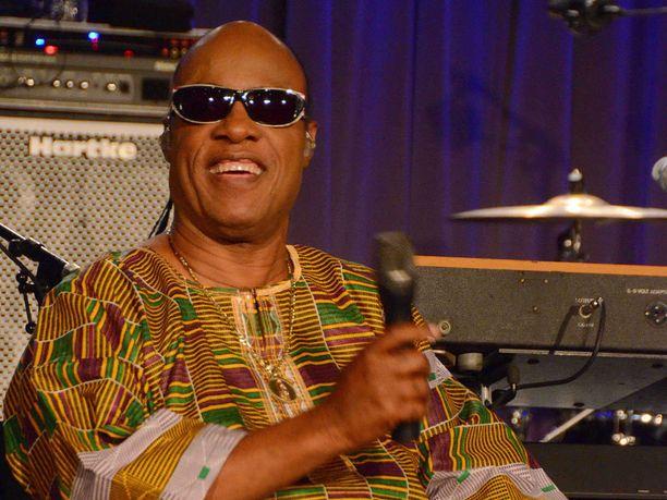 Stevie Wonderin kuopus syntyi viime vuonna ja lisää on tulossa kolmin kappalein.