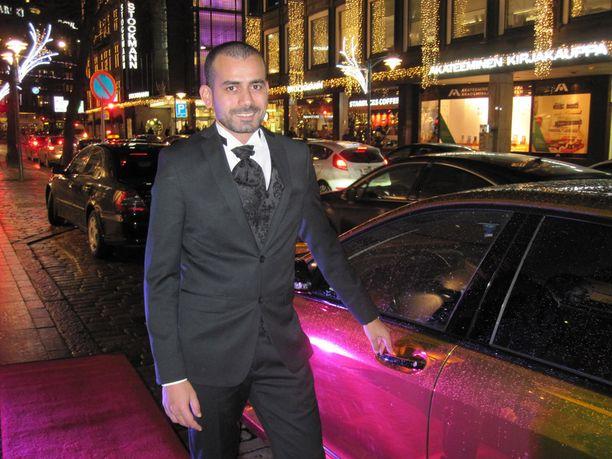Prinssi Rami lähtee tiistaina Los Angelesiin, missä kuvaukset jatkuvat.