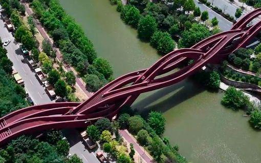 """Kolme siltaa yhdistettiin Kiinassa – tältä näyttää erikoinen """"solmusilta"""""""
