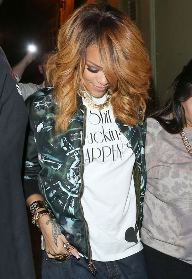 Rihanna kokeili pilottitakin modernia versiota.