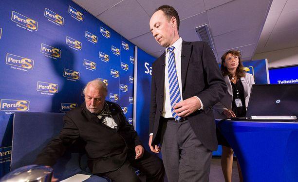 Yli 20 kansanedustajaa on hylännyt Jussi Halla-ahon.