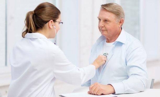 Monen tyypin 2 diabeetikon on vaikea mieltää olevansa sairas, sillä diabetes on alkuvaiheessa lähes oireeton.