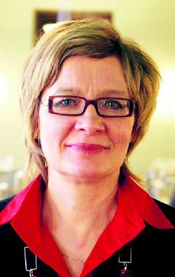 Peruspalveluministeri Paula Risikon on nyt ohjattava terveyspalveluiden kehittämistä tutkimusten osoittamalta pragmaattiselta pohjalta.