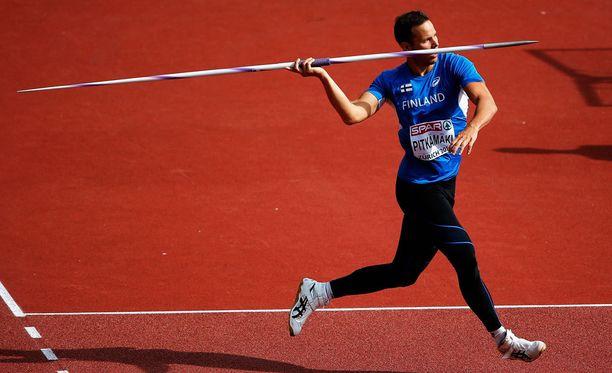 Tero Pitkämäki jäi karsinnassa alle 80 metrin, mutta lähtee isoimpana suosikkina finaaliin.