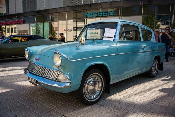 Museorekisteröity Ankka eli Ford Anglia vuodelta 1960.