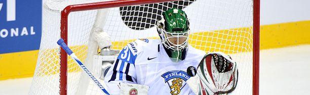 Petri Vehanen asettuu Suomen maalin suulle keskiviikkona.