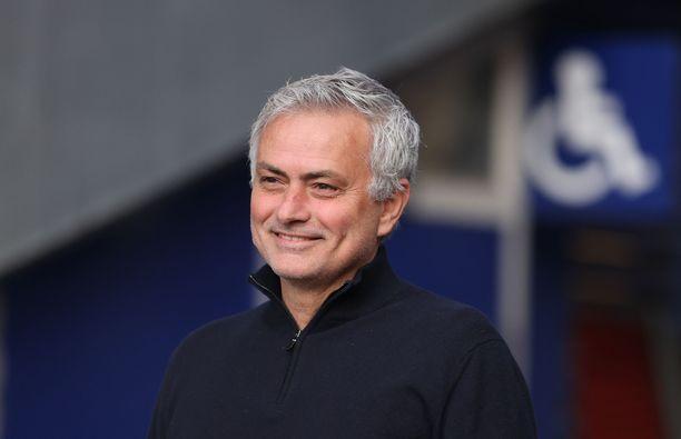 José Mourinhon työt jatkuvat ikuisessa kaupungissa.