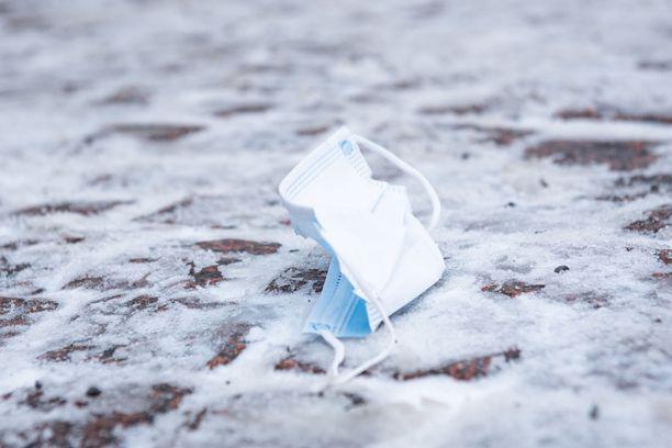 Kehotus koronatestiin menemisestä koskee Northvoltin tehtaalla Skellefteåssa työskennelleitä, jotka ovat palanneet Suomeen lauantain 23. tammikuuta jälkeen. Kuvituskuva.